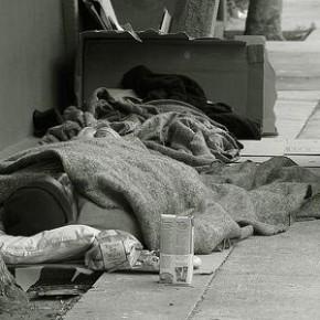 В Греции все больше бездомных